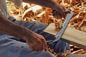 Bild Foto Mann Hände Holzbearbeitung Hobby