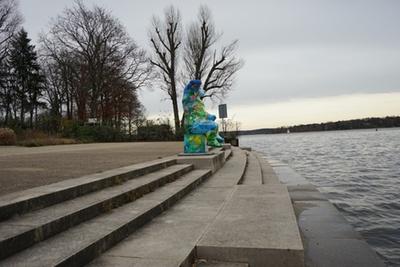 berliner baer wasser treppenstufen