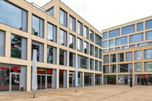 kaufhaus zehlendorf eingang leer berlin