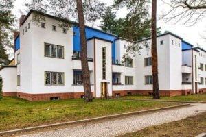 papageiensiedlung wohnhaus gehweg zehlendorf