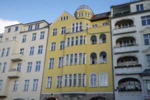 charlottenburg immobilien gelbes haus preis