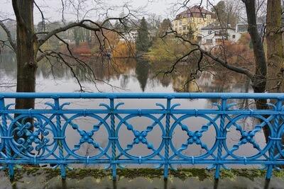 Brücke Geländer Wasser Villa Hintergrund