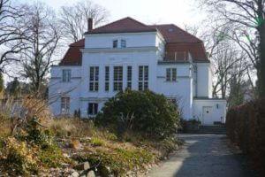 reinickendorf frohnau centre bagatelle villa