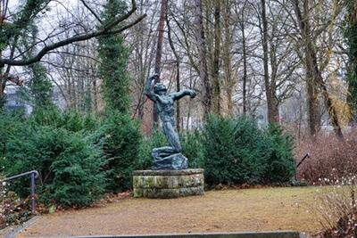 statue park westend charlottenburg