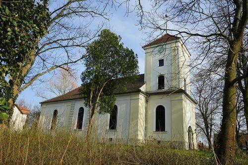 kirche christentum uhr luebars dorfkirche