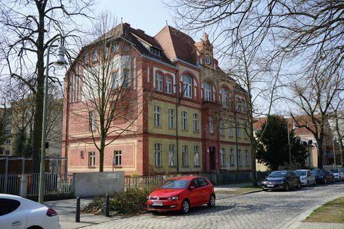 berlin reinickendorf altes rathaus strasse