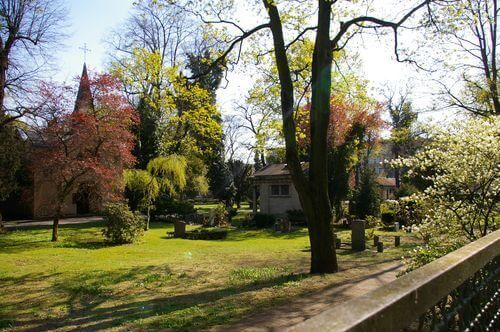 berlin mitte wedding urnenfriedhof seestrasse park