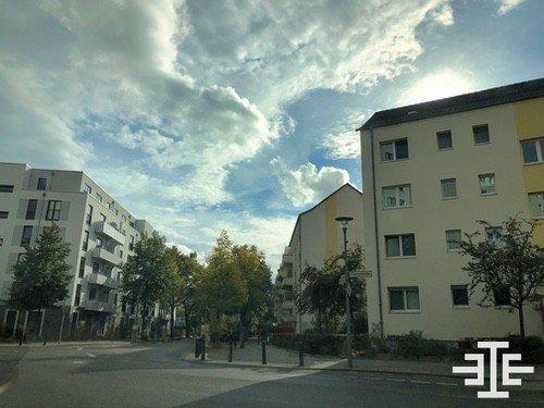 alt-hohenschoenhausen strasse wohnungen