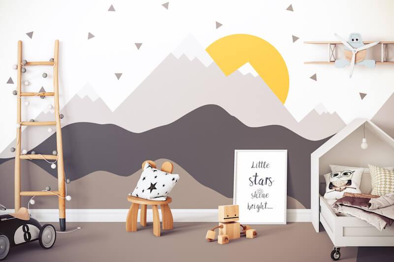 Bunte Wohnungswand in einem Kinderzimmer