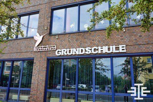 berlin hellersdorf kolibri grundschule schild