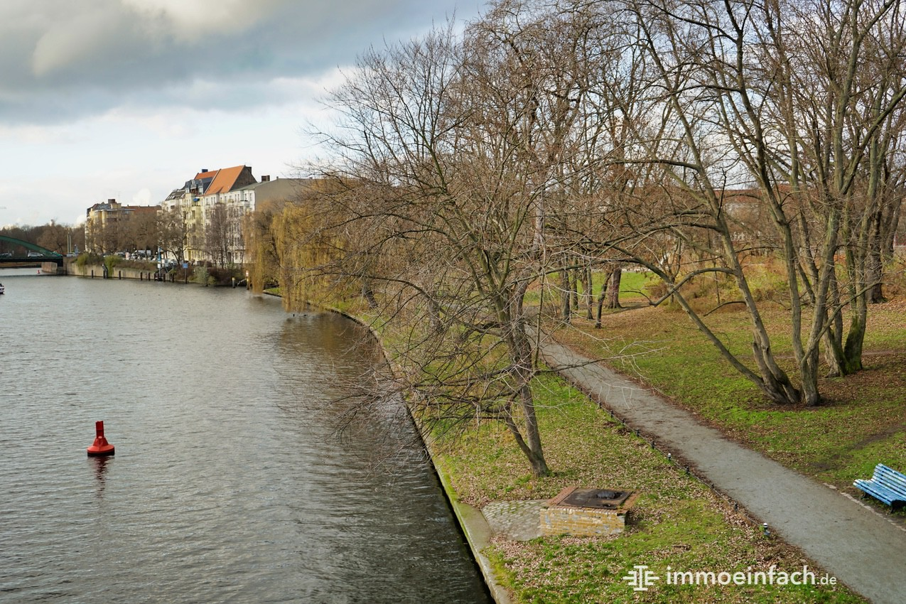 Charlottenburg-Spree-Weg-Fluss