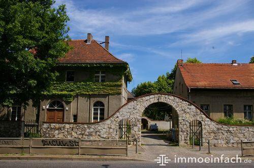 torbogen altbau haus immobilie heinersdorf