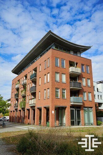 hellersdorf haus immobilie dach balkon