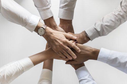 Handschlag eines Teams