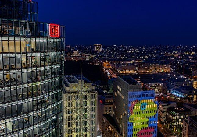Nachtaufnahme Berlin Immobilienpreise Wohnungspreise