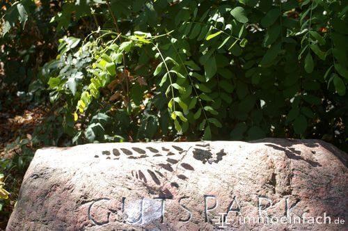 marienfelde gutspark stein eingraviert
