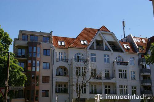 mehrfamilienhaus niederschoenhausen neubau dach