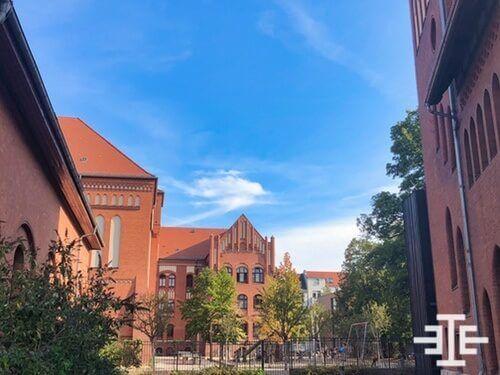 berlin niederschoeneweide grundschule zaun spielplatz