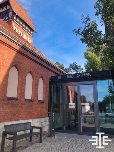 niederschoeneweide bibliothek bank