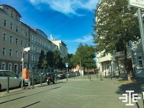 gehweg parkende autos berlin niederschoeneweide immobilien