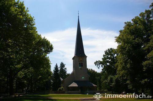wiese berlin nikolassee kirche christentum