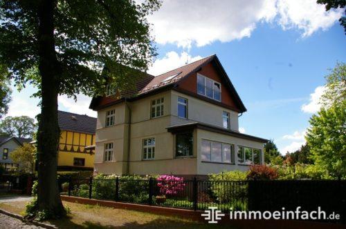 Schmöckwitz Berlin Einfamilienhaus Holzgiebel Immobilienmakler