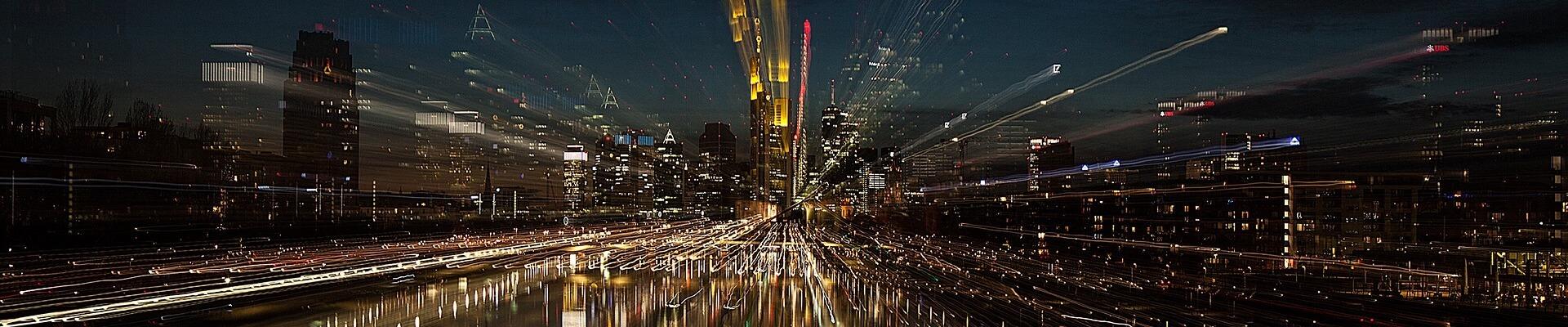 Großstadt bei Nacht