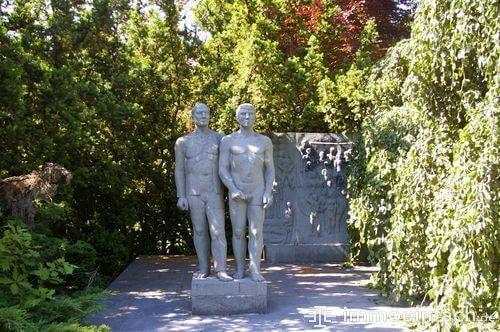 skulptur statue park berlin pankow weissensee