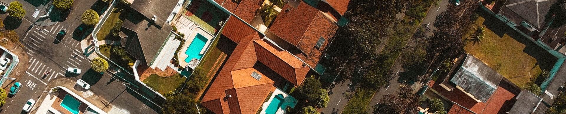 Wohngebiet aus Vogelperspektive fotografiert