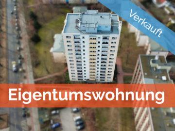 Weitblick inklusive – Gepflegte 3-Zimmer-Wohnung über den Dächern Berlins, 12349 Berlin, Etagenwohnung