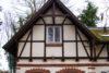 Verträumtes Haus auf Erbbaurechtgrundstück - Außenansicht DG
